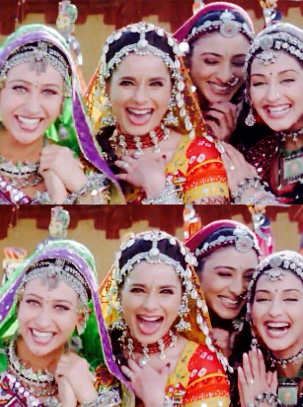 Actresses In Hum Saath Saath Hain Tabu Sonalibendre Karismakapoor Neelam Bollywood Actress Karisma Kapoor Bollywood