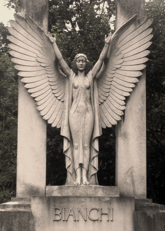 Bianchi Monument, Hampstead Cemetery, London
