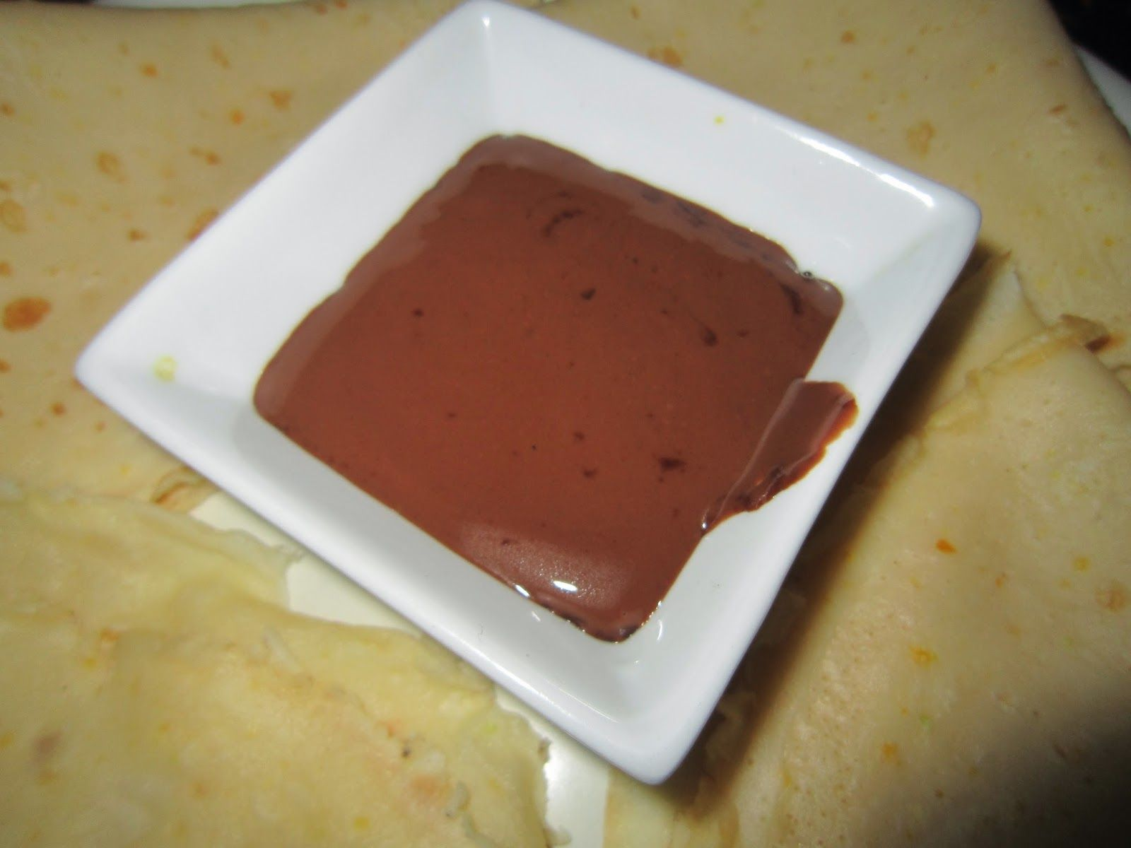 COCINA DE BADÍA.: Crepes con salsa de chocolate.