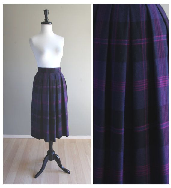 Vintage 1980s Pleated Plaid Purple Fuchsia & Black Wool Skirt / 1960s 1950s / Rockabilly Pinup VLV Punk Goth / Autumn Winter