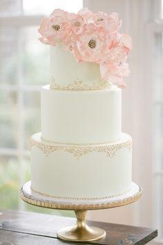 Gold embellished wedding cake #cakes #weddingcake #glamwedding #goldwedding #pinkwedding