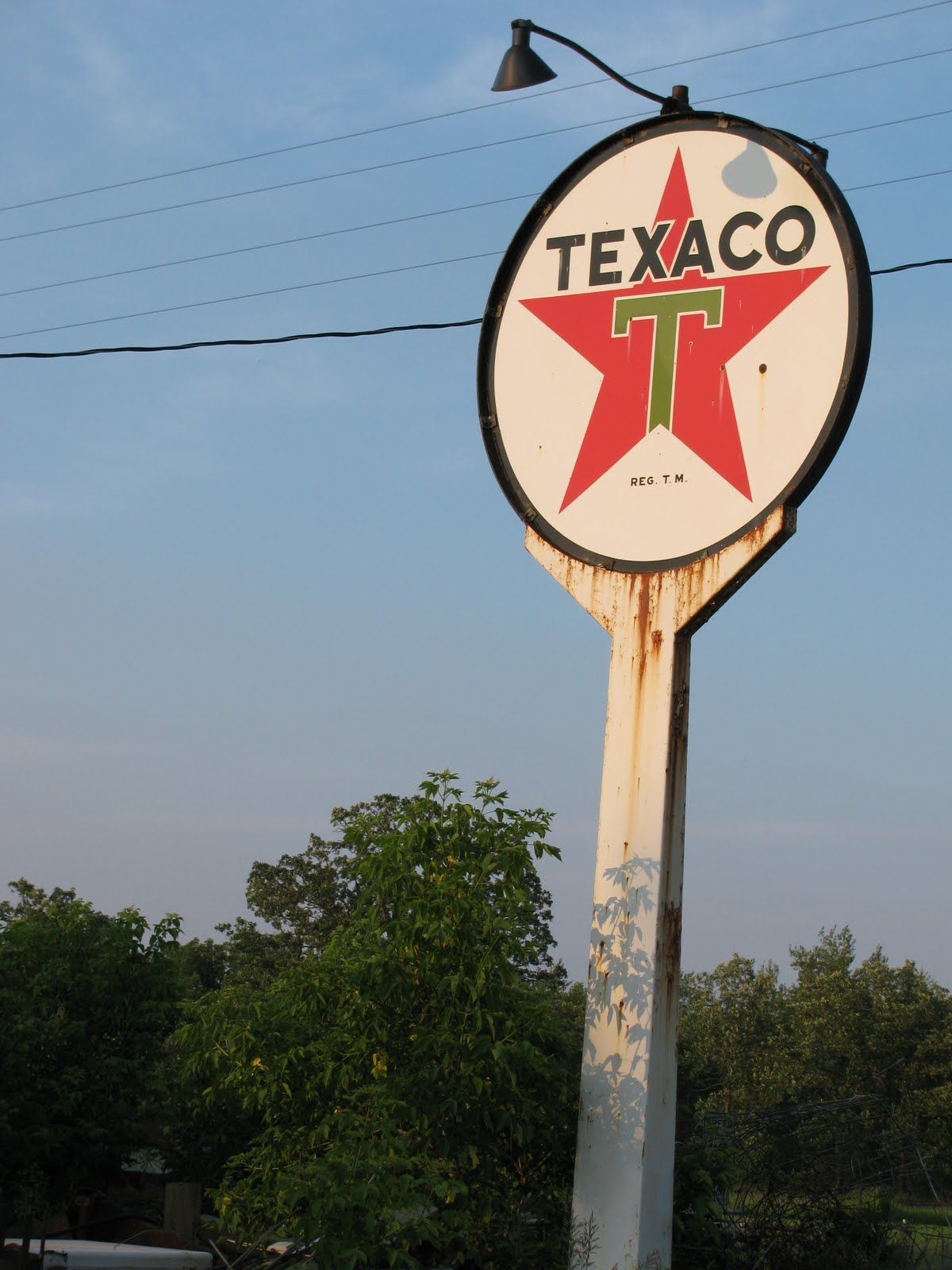 vintage gas station signs texaco first put up these signs beginning in