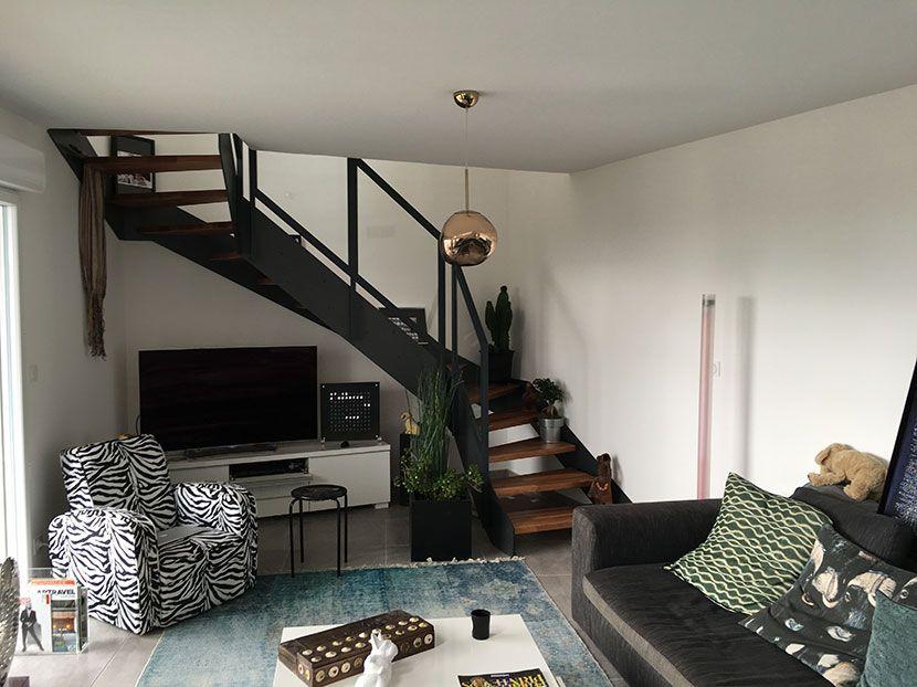 escalier loft style industriel plus d 39 id es sur www. Black Bedroom Furniture Sets. Home Design Ideas