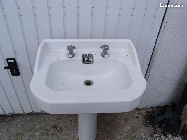 Lavabo ancien, rétro salle de bain Pinterest
