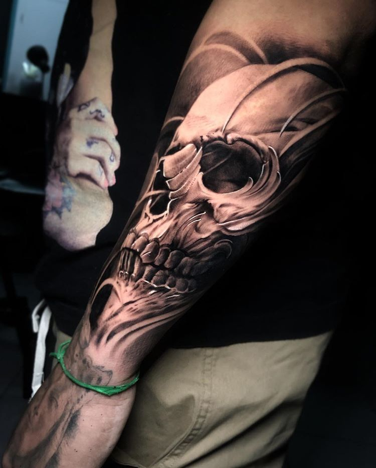 Pin De Dario G Tattoo En Black And White En 2020 Tatuajes