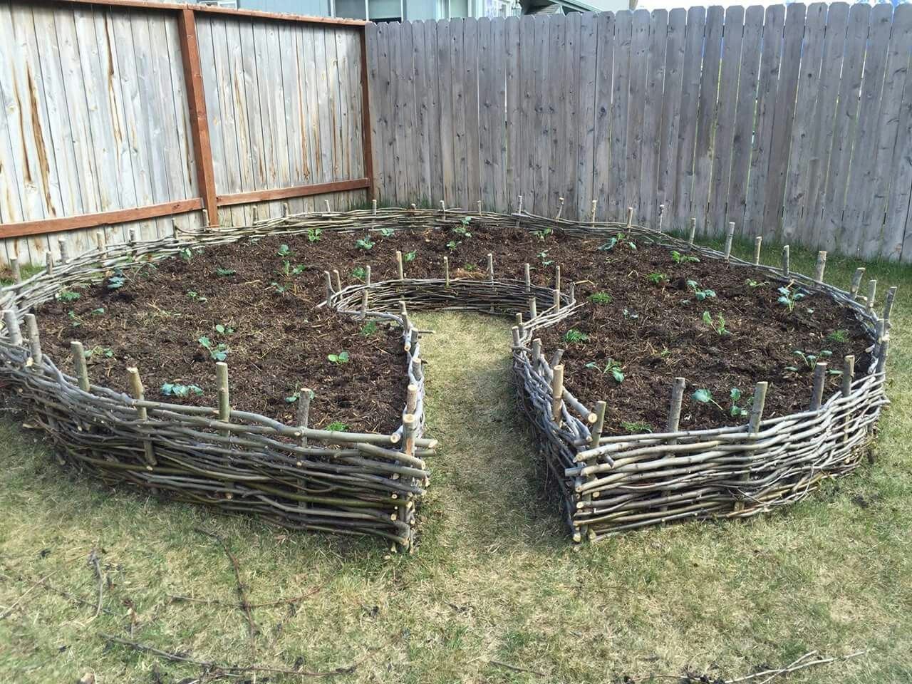 Wattle Fence Raised Bed Garden Beds