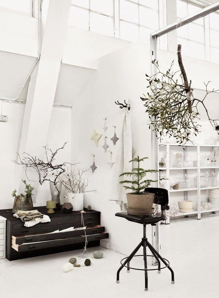 Real mistletoe in a Scandinavian home.