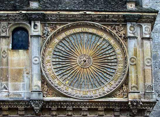 out cath drale de chartres horloge astronomique clocks horologes anciennes astronomiques. Black Bedroom Furniture Sets. Home Design Ideas