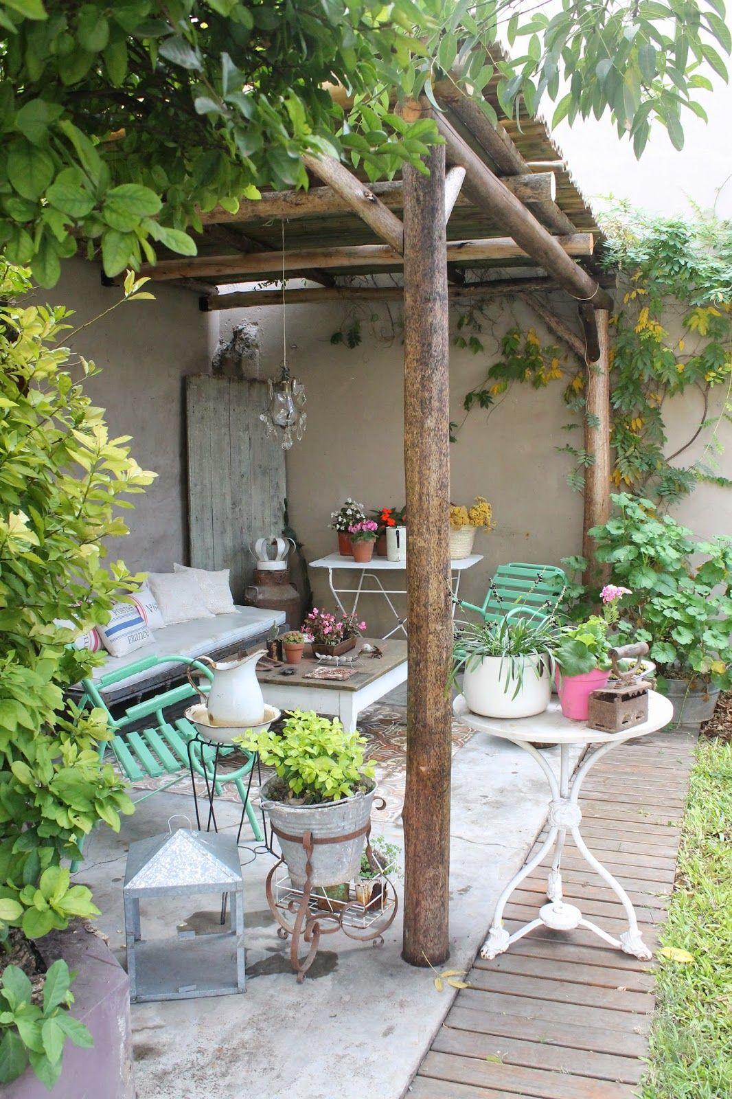 Blog sobre decoraci n vintage decoracion jardin en 2019 for Adornos para jardin exterior
