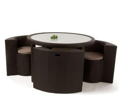 Wicker · Round Table ...