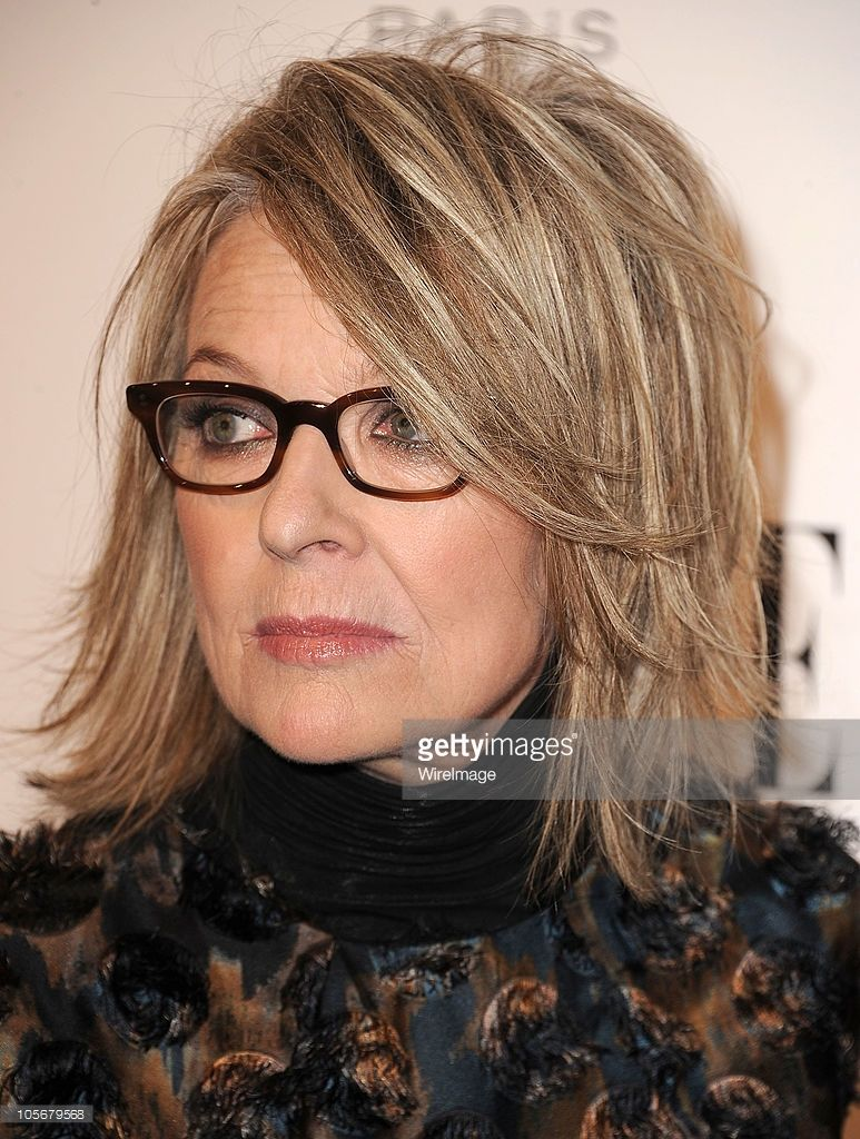 Diane Keaton Attends Elle S 17th Annual Women In Hollywood Tribute At With Images Medium Hair Styles For Women Medium Hair Styles Hair Lengths