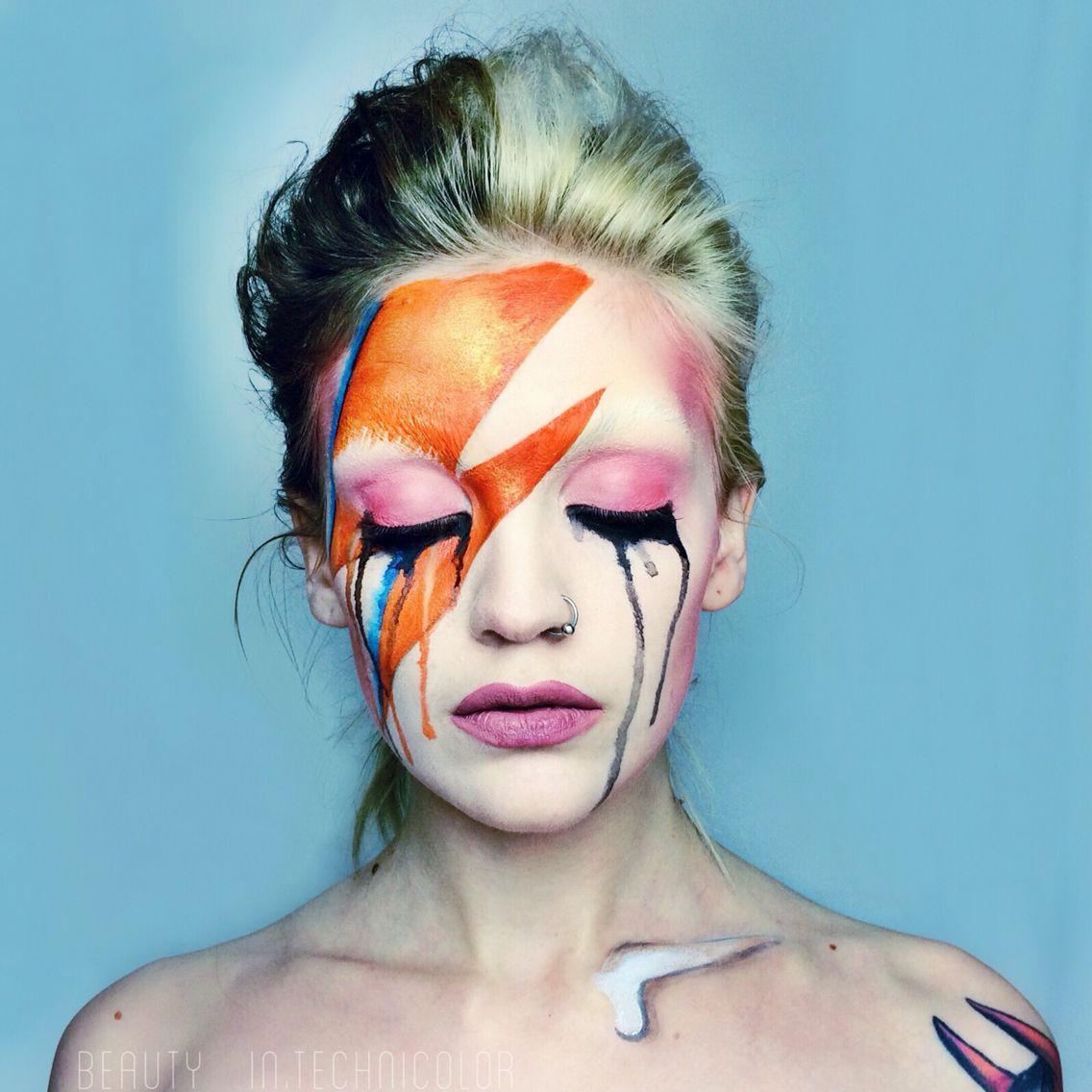 David Bowie tribute by Haley Mariah Tuesday. Aladdin sane, Ziggy stardust makeup. Crying makeup #halloween #makeup