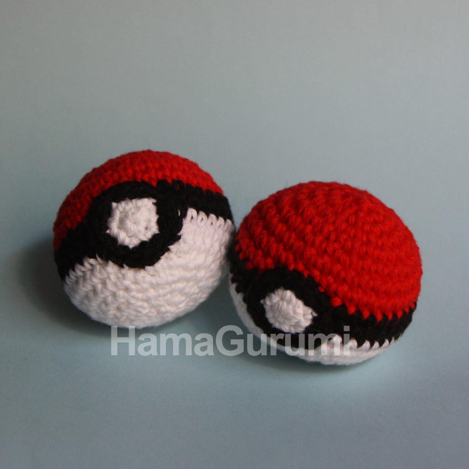 Pokeball, ideales para llaveros y como juguete para mascotas :), de HamaGurumi