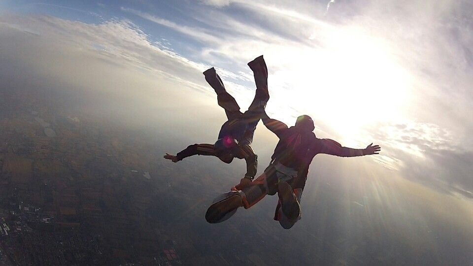 I have wanted to go sky diving for the longest time! Maybe that will be our next adventure after the falls!