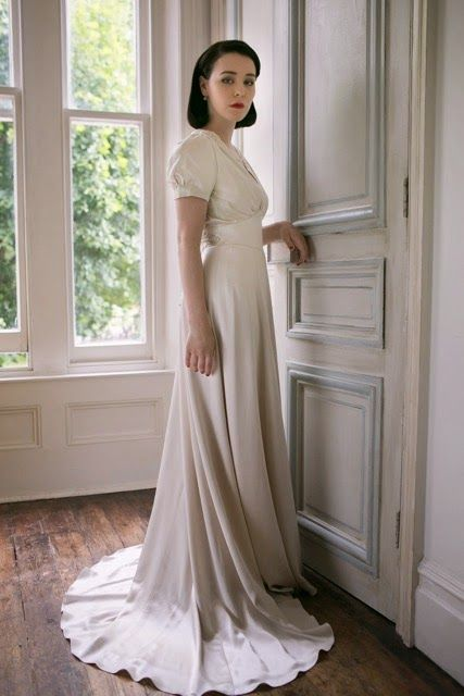 1940s Style Wedding Dress With Puff Sleeves 1940s Wedding Dress 40s Wedding Dresses 1930s Wedding Dress
