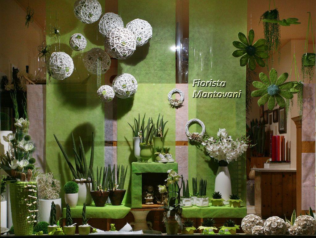 Allestimento vetrina primavera cerca con google - Idee per vetrine primaverili ...