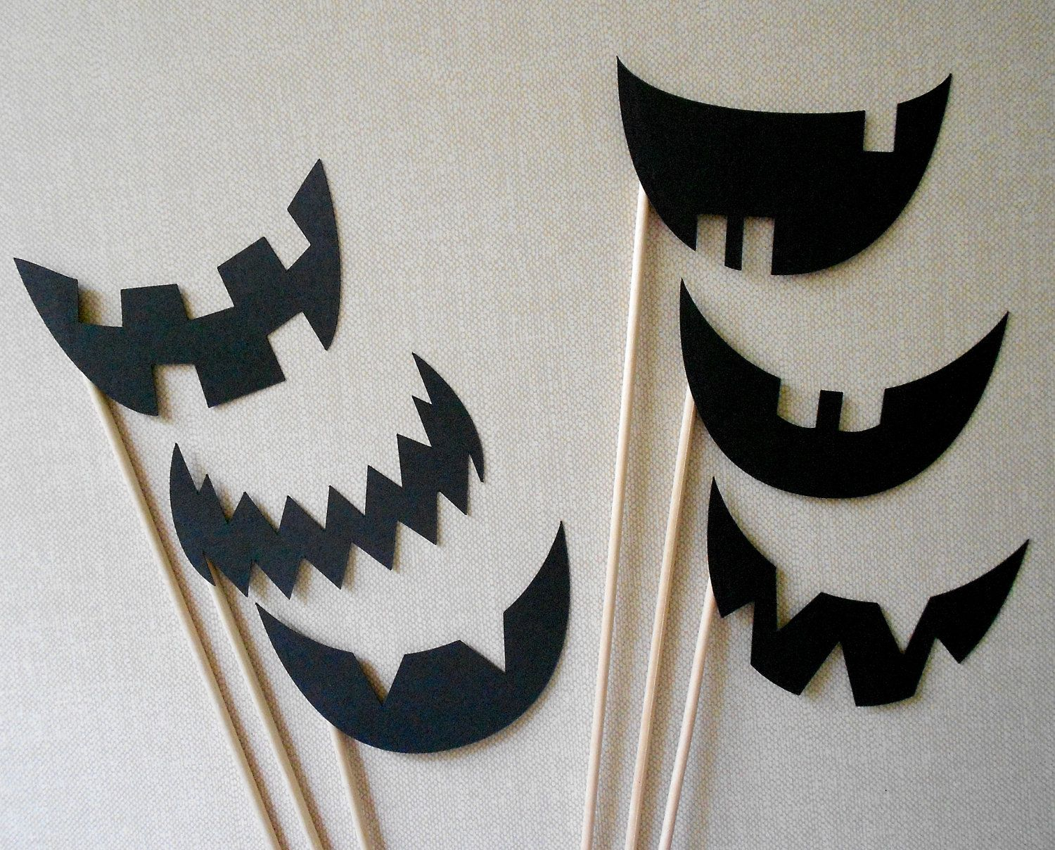 Jack O Lantern Photo Props.  Jack O Lantern Photo Booth Props.  Photo Props.  Set of 6.  Halloween.  Jack-O-Lantern.  Pumpkin.. $6.00, via Etsy.