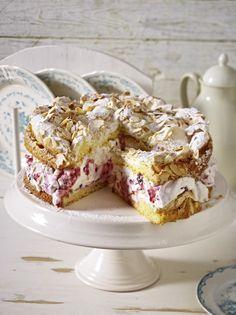 Himbeer Baiser Torte Rezept In 2019 Kuchen Pinterest Desserts