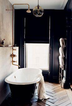 Jenna Lyons, Bathroom, Brass Fixtures, Black Walls, Claw Foot Tub
