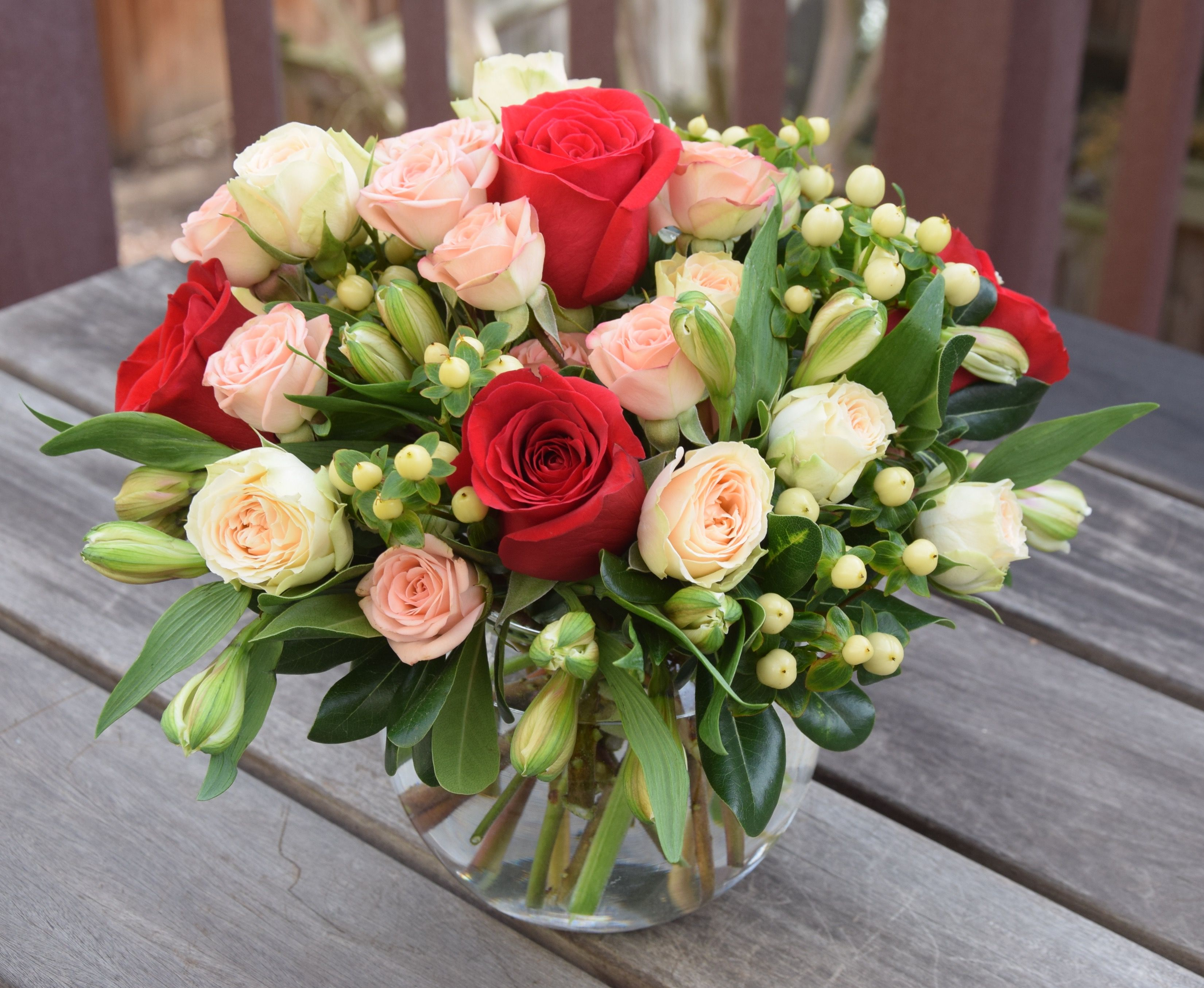 Flower Bouquet In A Glass Vase Fleurelity Unique Creations