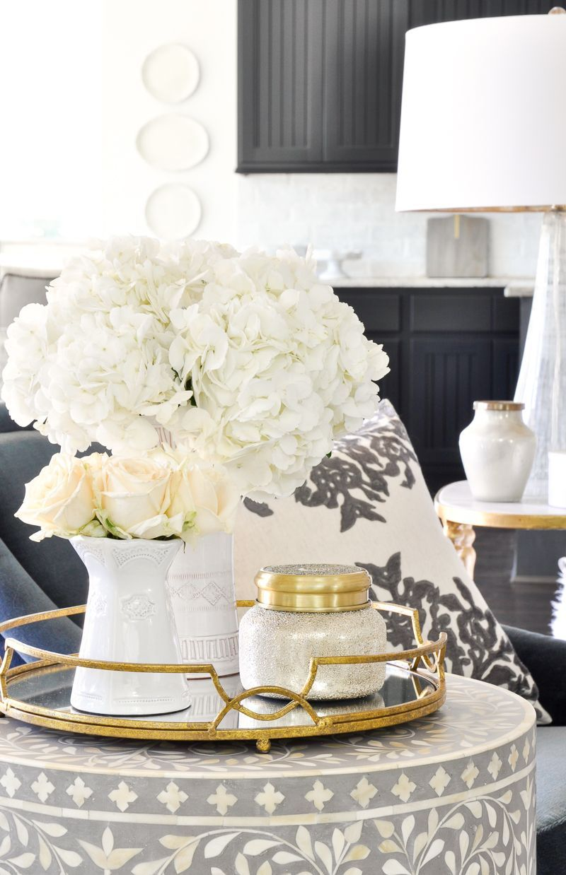 Round End Table Gold Tray White Vases Diyhomedecorgold Gold Tray Decor Coffee Table Decor Tray Living Room Accessories [ 1238 x 800 Pixel ]
