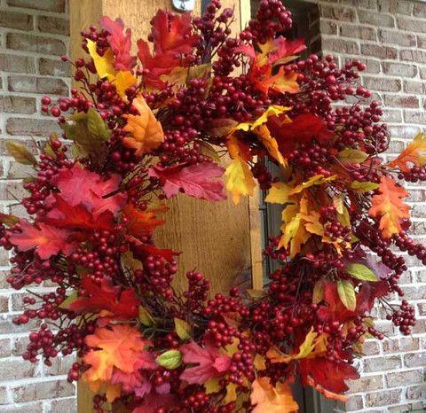 "Fall Mix Crimson Red Berry Wreath - 24"" – Flora Decor"