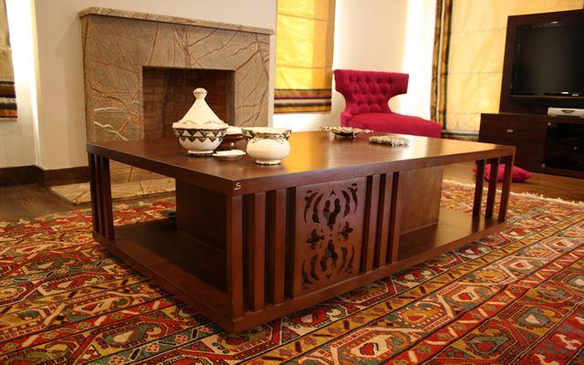 Table By JWardani Design