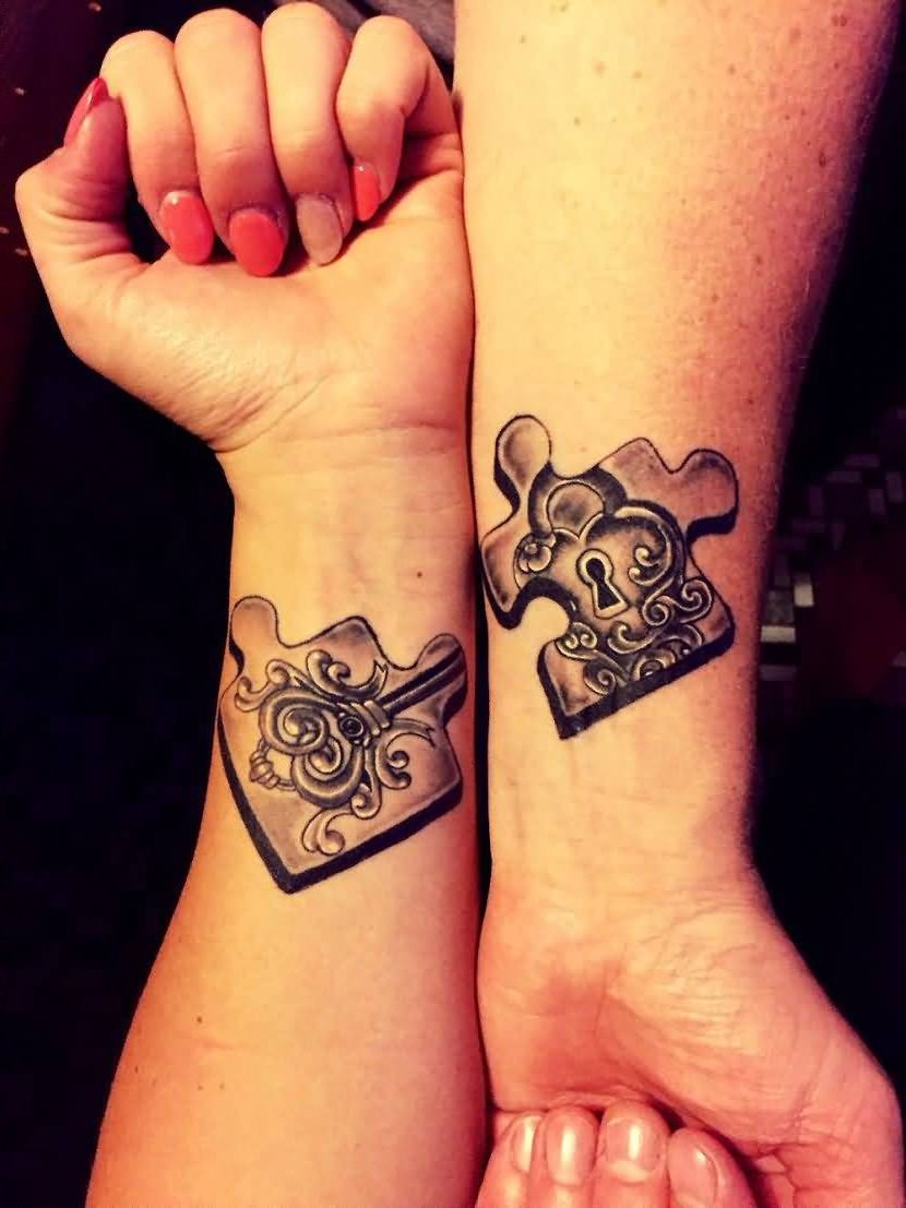Tatuajes Para Parejas Los Mejores Disenos Para Novios Esposos Y Enamorados Married Couple Tattoos Couples Tattoo Designs Puzzle Tattoos