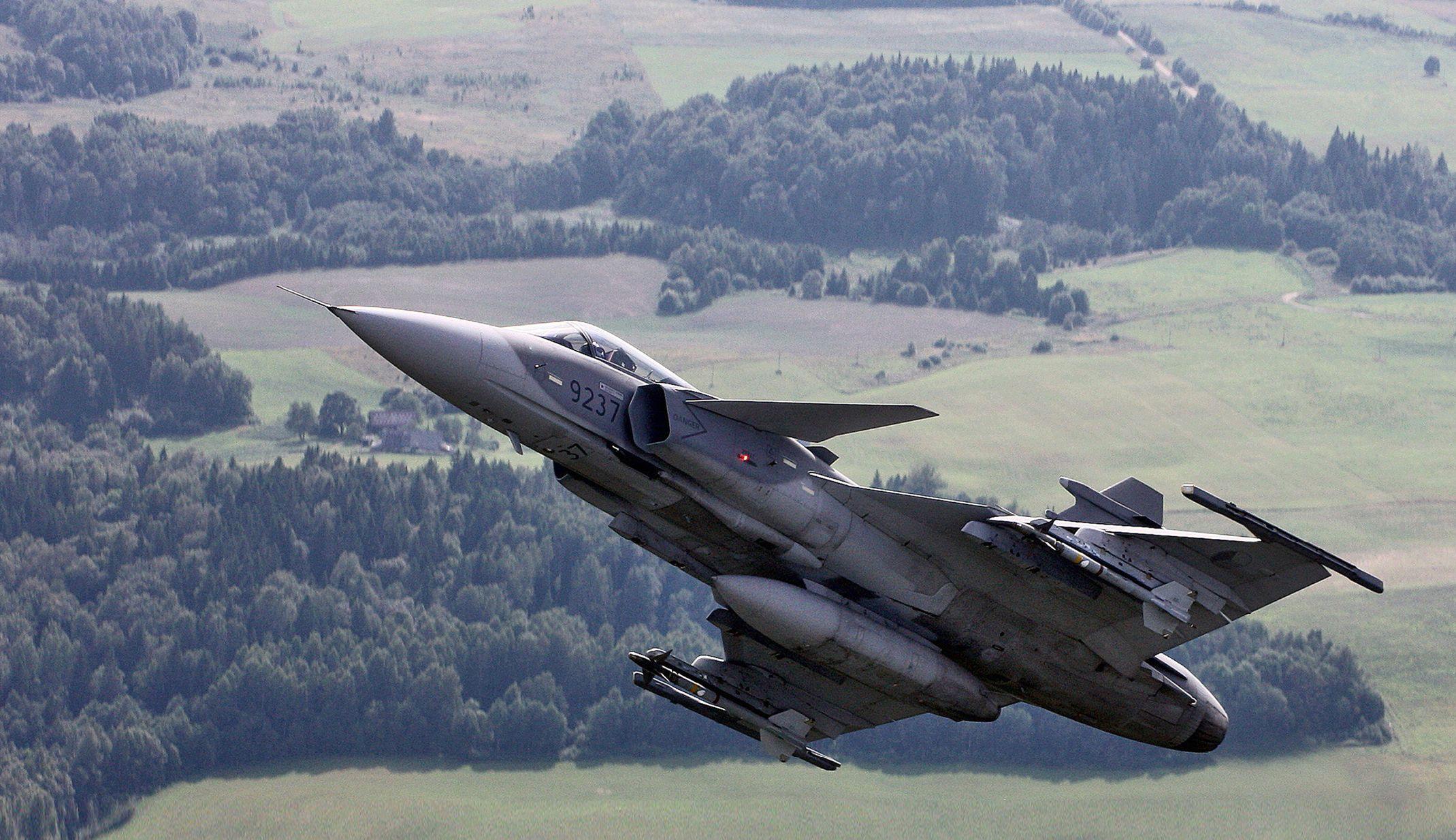 Czech Pilots Hone Their Operational Capabilities At
