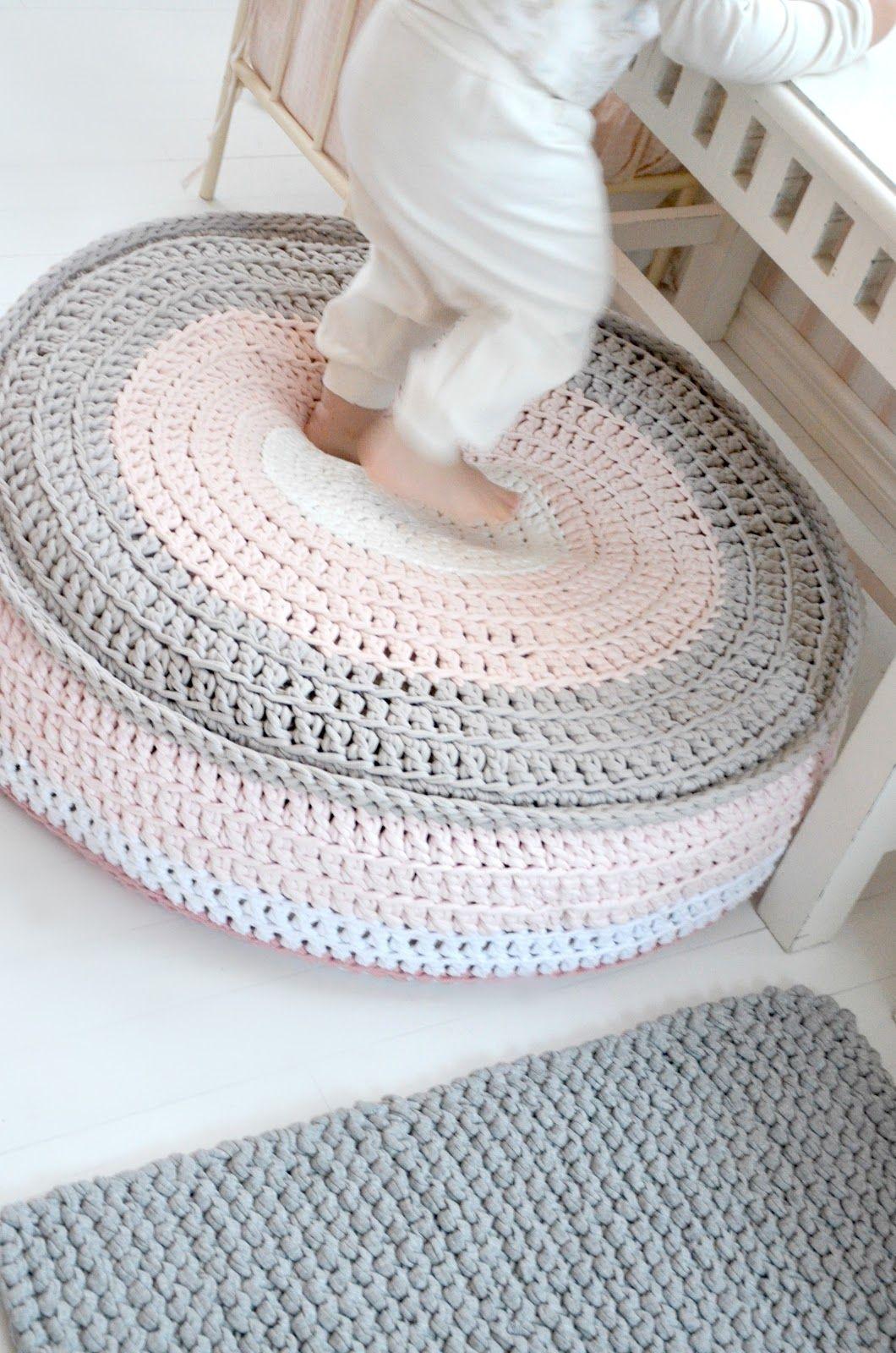 t-shirt crochet pouf and cushion by Kaunis pieni elämä | Kids decor ...