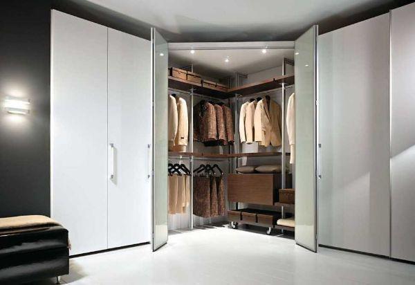 Risultati immagini per cabina armadio camera piccola quadrata ...