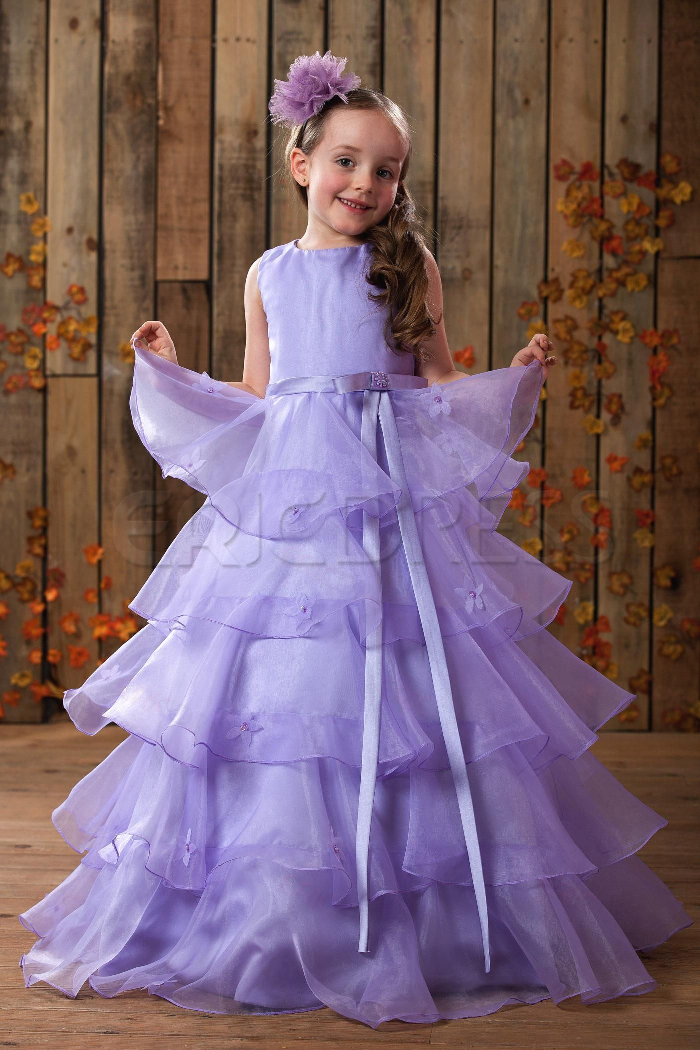 Cute A-Line Scoop Floor-length Tiered Flower Girl Dress | Costura de ...