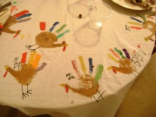 thanksgiving craft - self made tablecloth