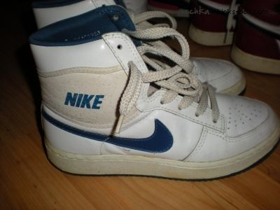 best sneakers 53f3a 0eb53 Nike Sky Force 1984 -- I dont know why these havent gotten more retro  attention. They were THE beginning of the hightop craze at my school. (SW)