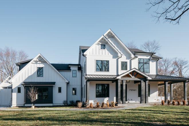 Modern Farmhouse With Wrap Around Porch, Modern Farmhouse Plans With Wrap Around Porches
