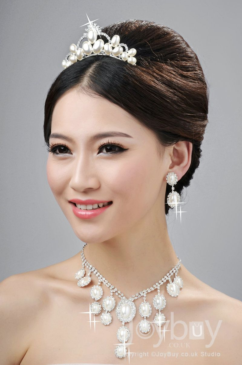 bridal hair jewellery bridal gowns and a beautiful model