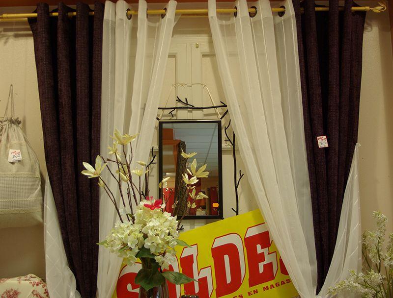 doubles rideaux disponibles au rayon pr t poser de votre magasin ellen d coration rideaux. Black Bedroom Furniture Sets. Home Design Ideas