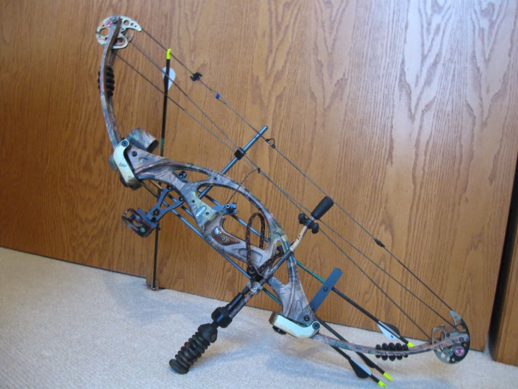 Hunting bows overhauling a hunting bow bows for Compound bow fishing