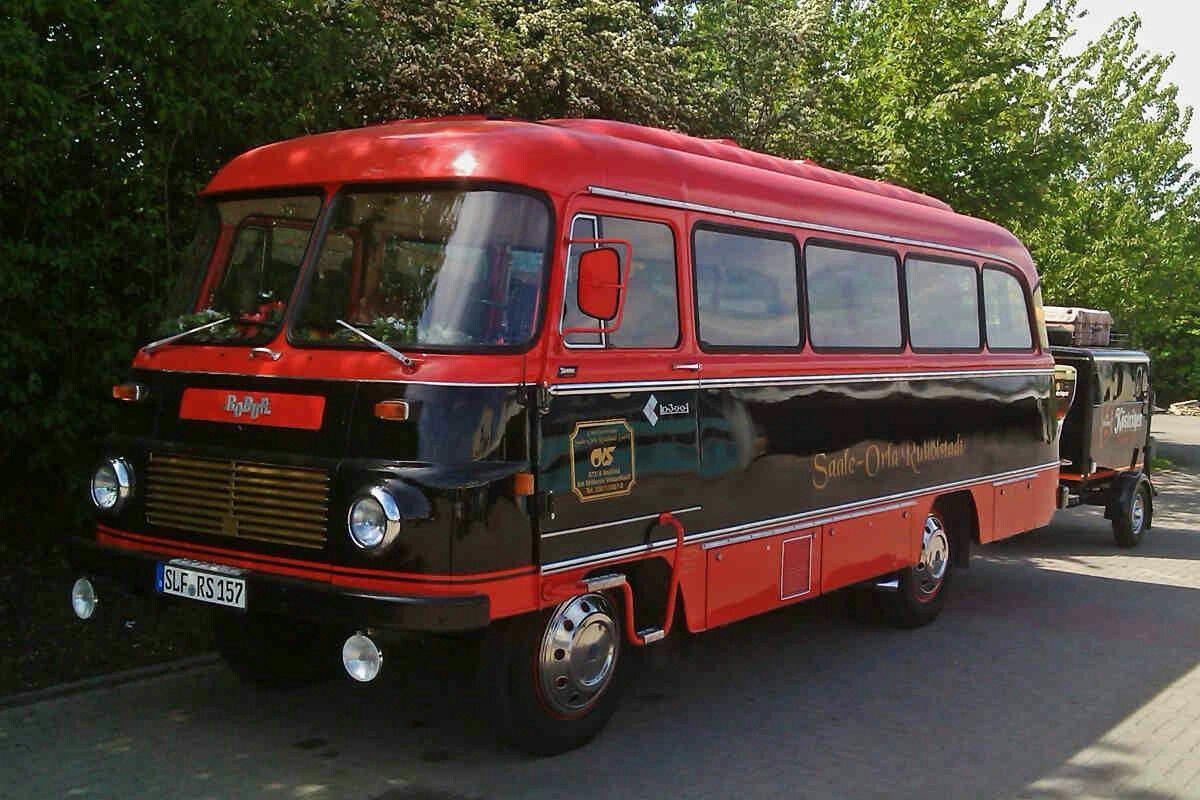 Robur -Bus  Oldtimer, Wartburg, Ddr