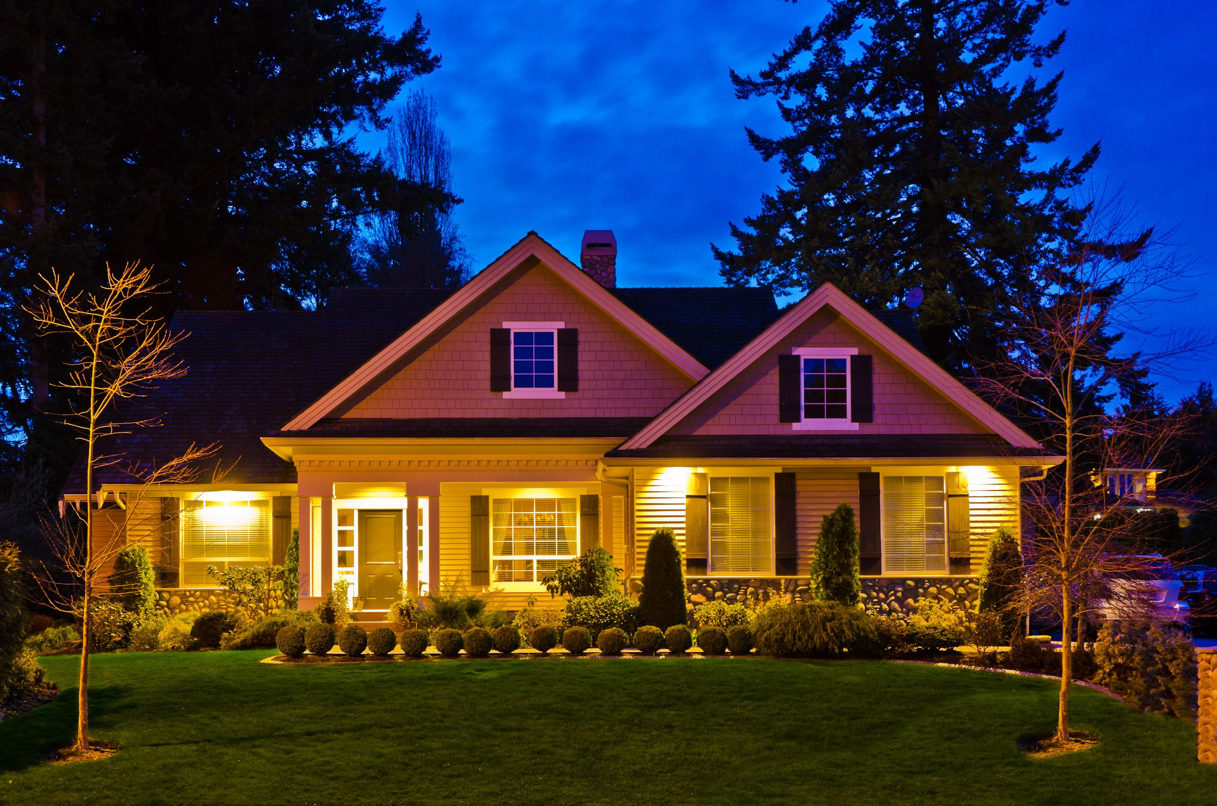 9 Star Home Designs Part - 42: 9 Reasons To Visit A Home At Night Before Buying