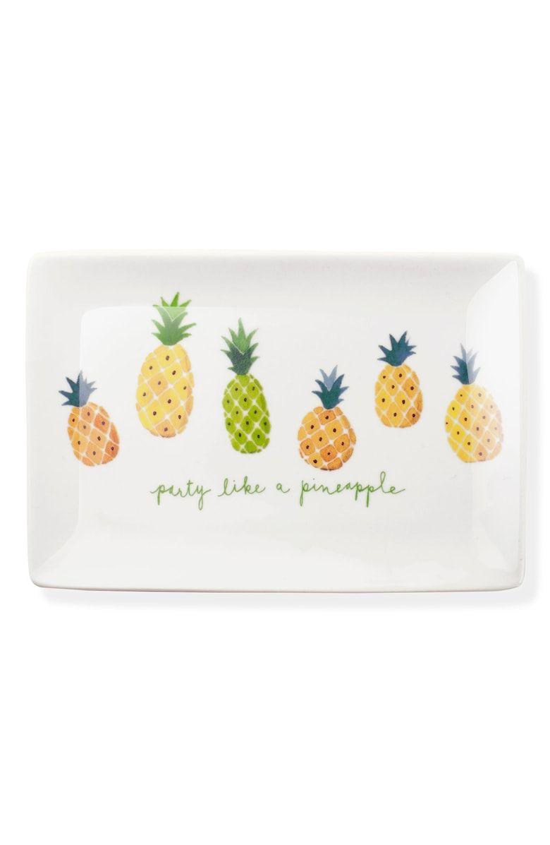Twiggy Pineapple Ceramic Trinket Tray Main color White