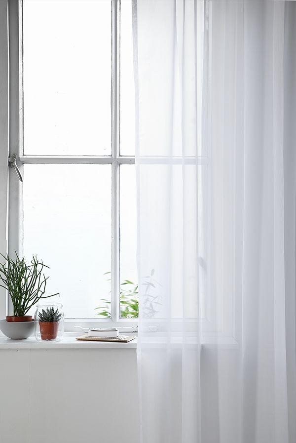 KARWEI   Transparante gordijnen zorgen voor veel licht in je ...