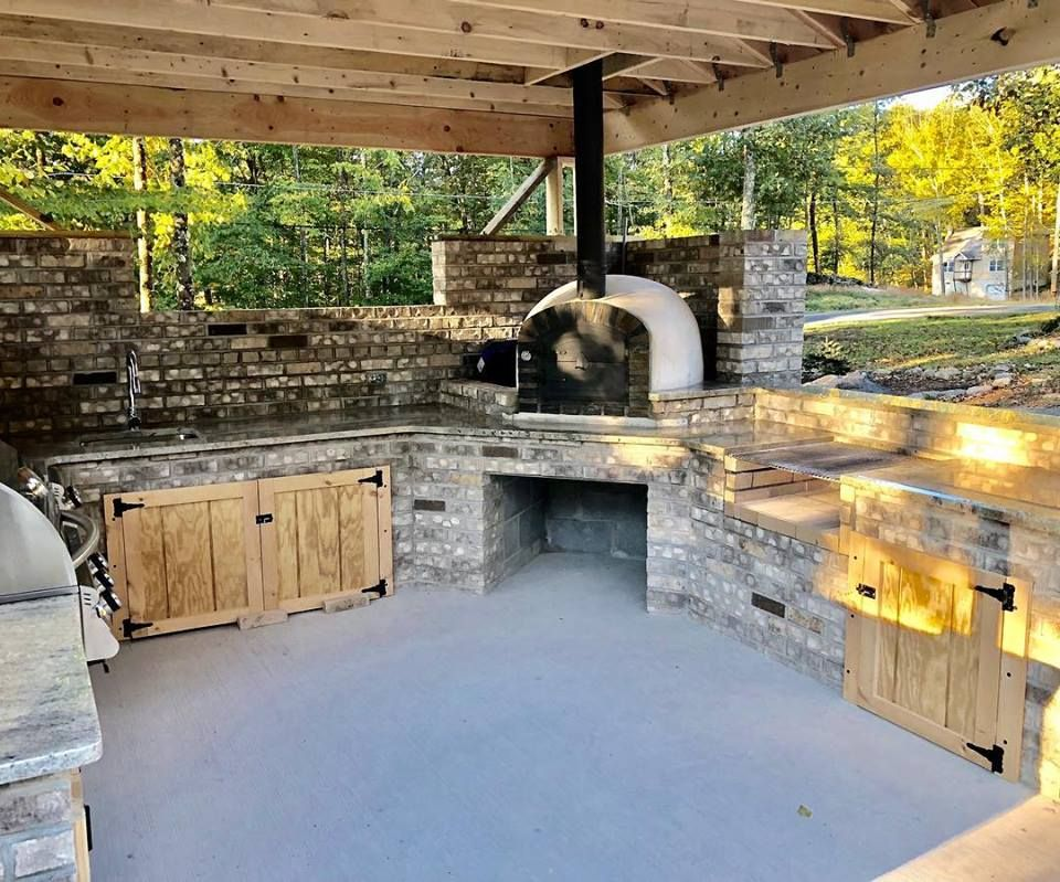 Pin By Authentic Pizza Ovens Handma On Backyard Garden In 2020 Brick Oven Outdoor Outdoor Kitchen Decor Outdoor Kitchen Patio