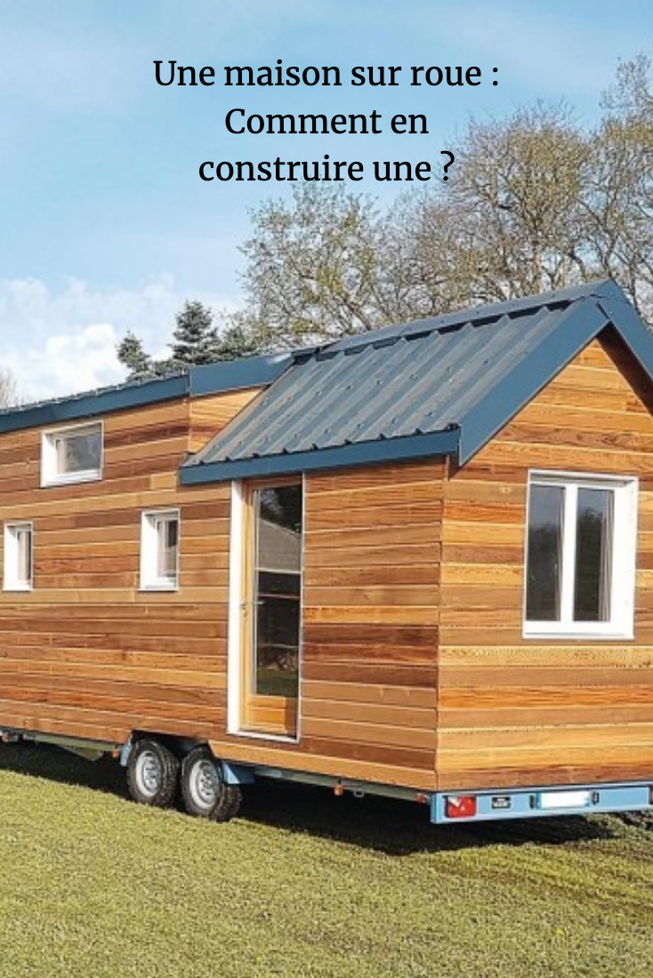 Construire Une Minimaison Facon Tiny House Sur Mesure House Outdoor Structures Tiny House