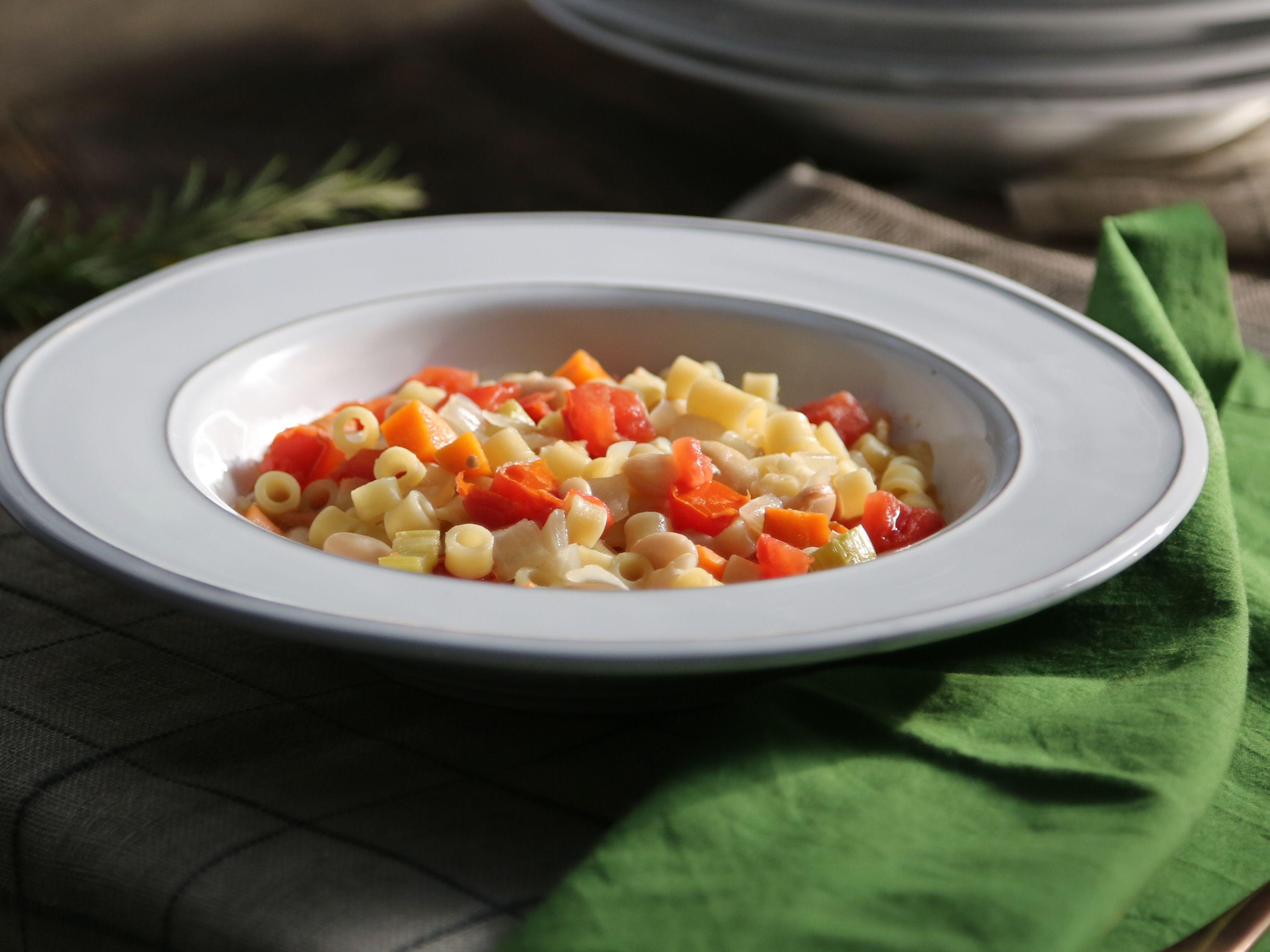 Pasta e fagioli recipe valerie bertinelli pasta and recipes forumfinder Images