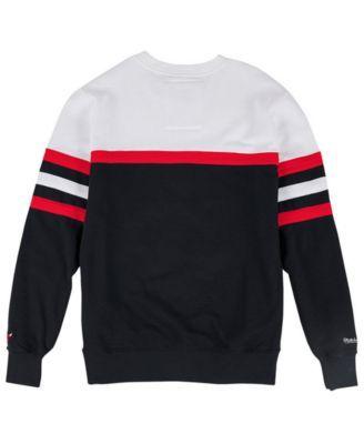 8959a7b2b5f15 Mitchell   Ness Men s Chicago Bulls Head Coach Crew Sweatshirt - Red ...