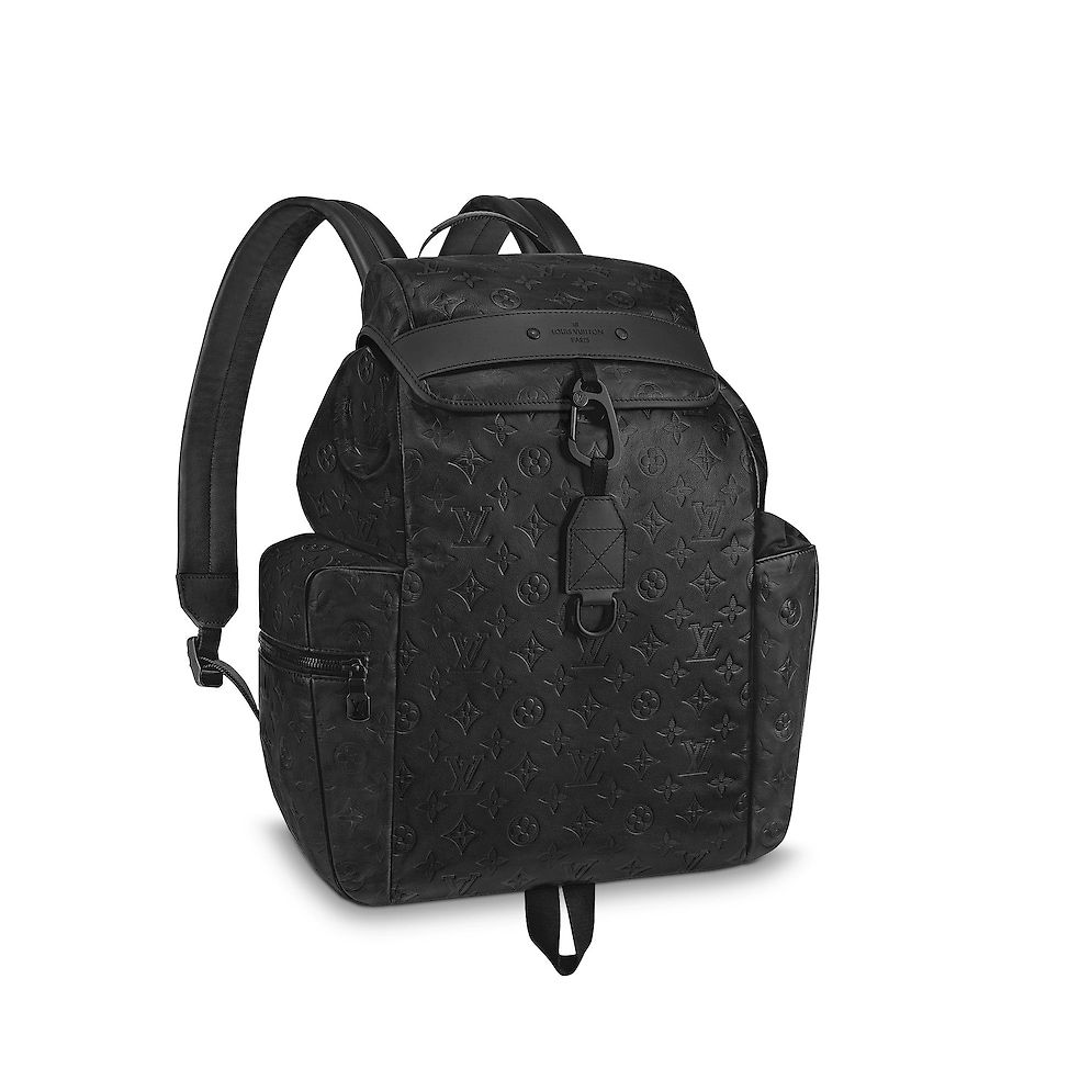 View monogram shadow alpes story bags discovery backpack louis