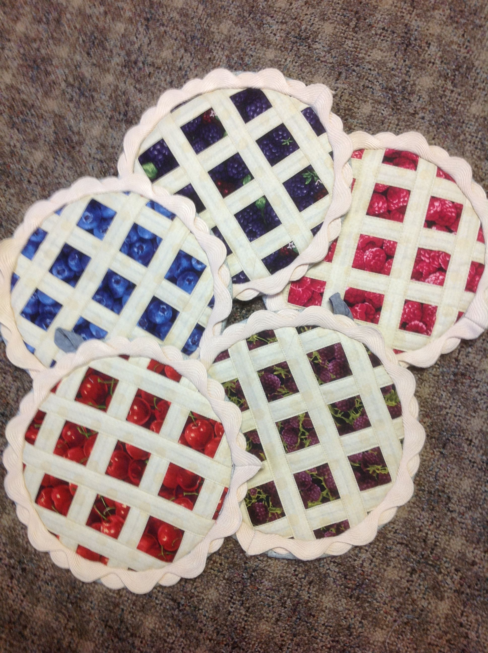 Assorted Pie Potholders Hot Pads Small Quilt Projects
