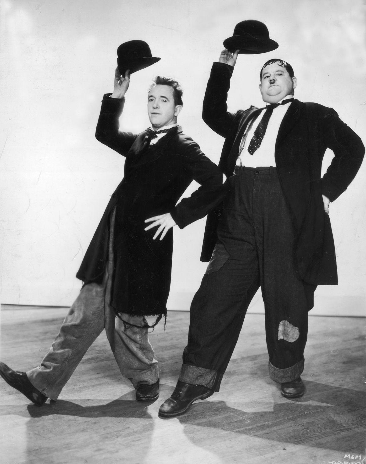 Nom De Laurel Et Hardy : laurel, hardy, Bowler., Ideas, Bowler,, Charles, Spencer, Chaplin,, Bowler