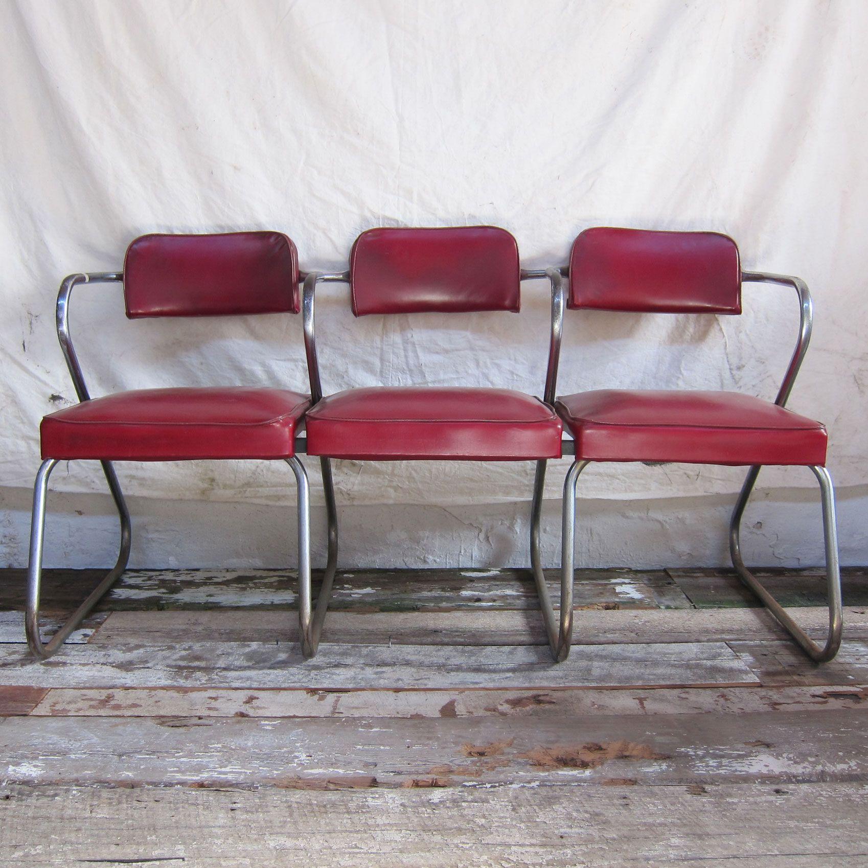 keramiek parket: slijt niet, vet- zuurbestendig en er kan vloerverwarming onder. barbershop waiting chairs or ???